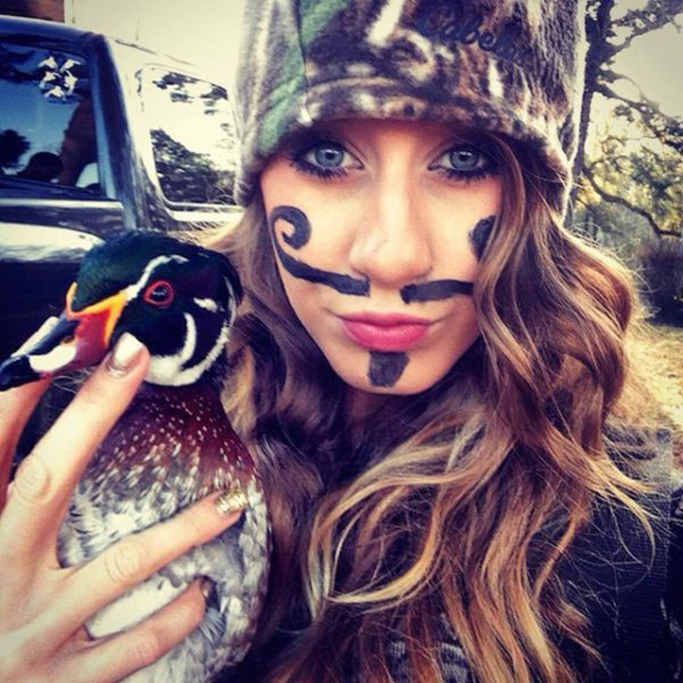 Goofy Girls are Cool in our Book (34 Photos) 18
