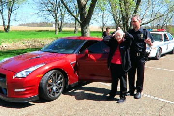 Grandma Nissan GTR