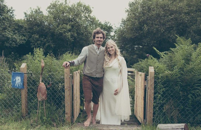 Hobbit-mad couple transform their garden into Middle Earth 8