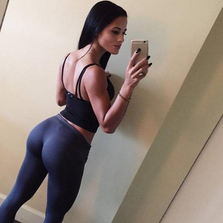 Badchix always look drop dead sexy in Yoga Pants 31