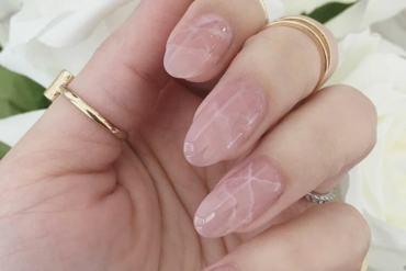 Quartz Nails Are The Newest Beauty Trend That Rocks (7 Photos)