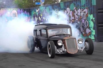 84-Year-Old Hot Rod Gets Reckless