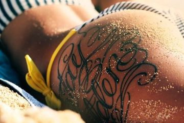 Ink Girls Are Pretty Awesome (36 Photos)