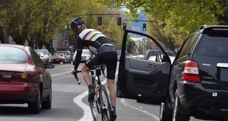 Cyclists Getting Doored in a Painful Way 1