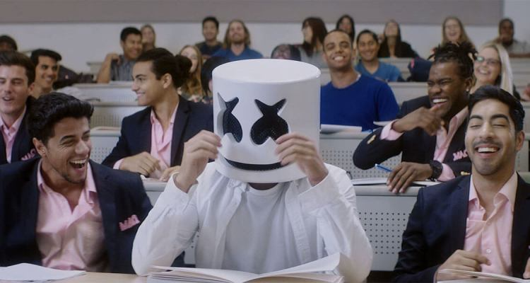 Marshmello - Blocks (Music Video) 1