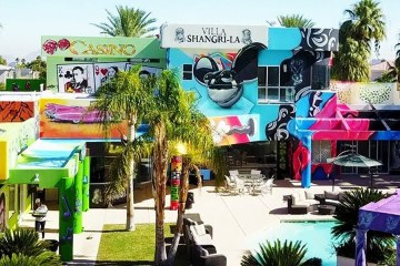 Rich Dude Let Graffiti Artists cover his Multi-Million Dollar Las Vegas Mansion 1