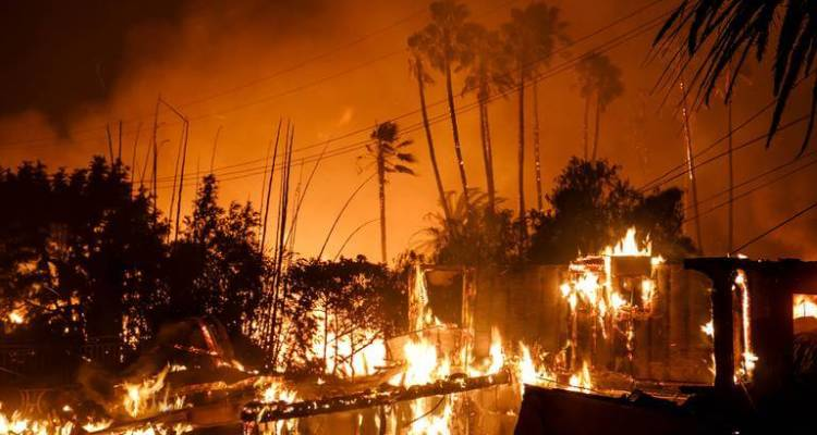 Los Angeles Mayor Declares a State of Emergency after Giant Wildfires near Multidollar Mansions 1
