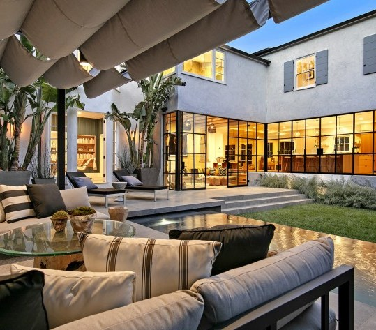 Justin Bieber sells his multi-million dollar luxury villa in Beverly Hills 9