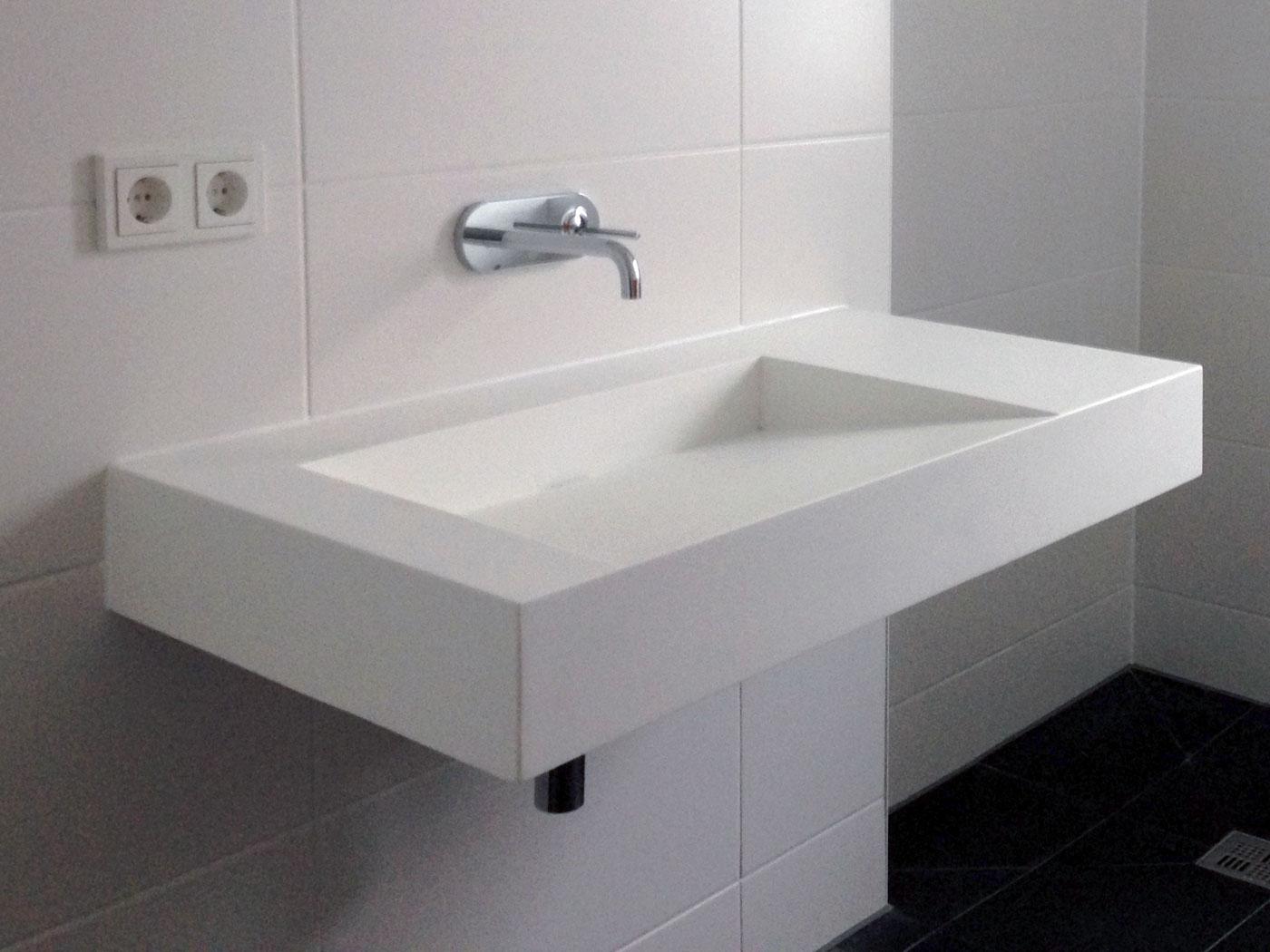 Wall Mounted Trough Sink  WT04B Right Side  Badeloft USA
