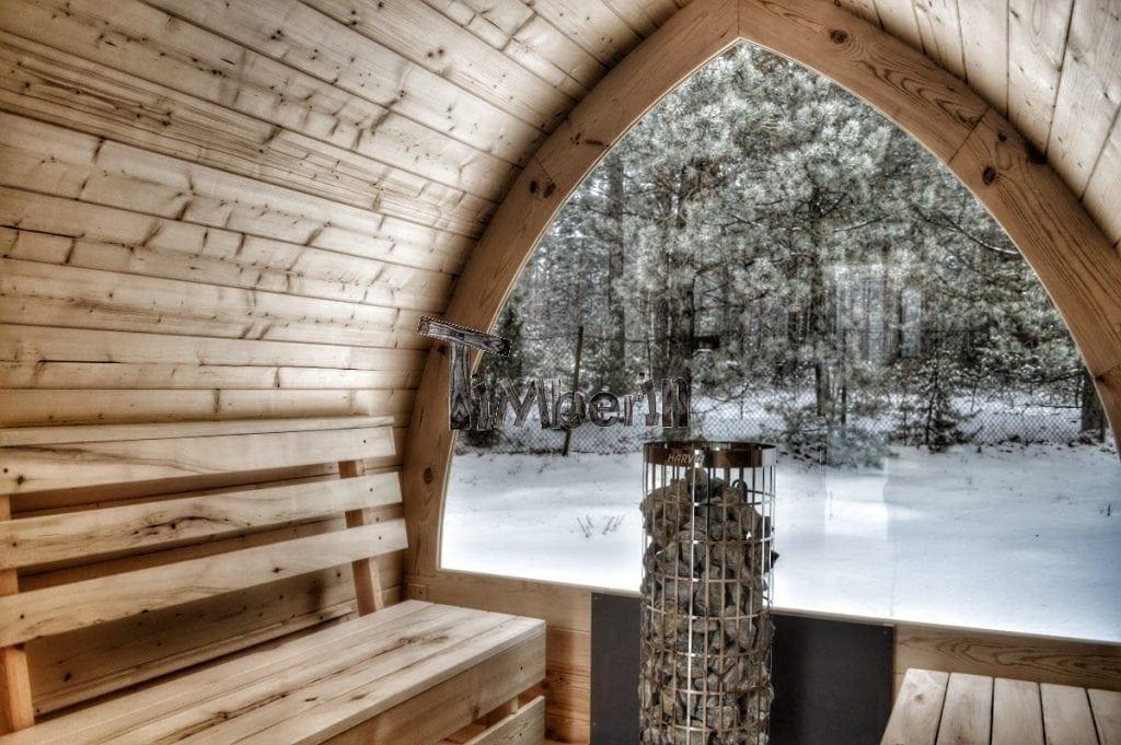 Aussensauna-mit-vollem-Panoramafenster-und-Elektroofen-Cilindro-Winter- Projekte