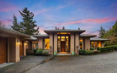 5484 159th Place SE, Bellevue, WA 98006