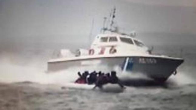 أربعة قتلى في تصادم قارب مع ناقلة