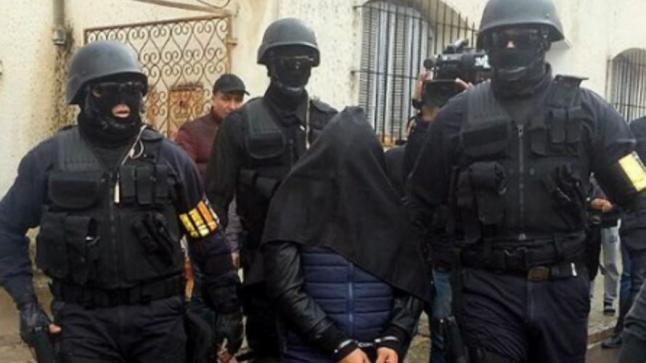 """""""البوليس"""" يفكك خلية إرهابية جديدة"""
