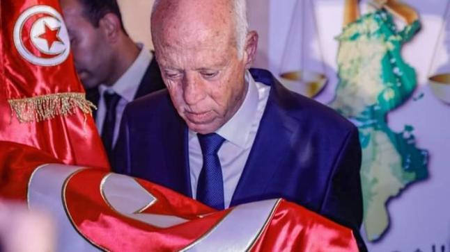 الرئيس التونسي يتعرض لمحاولة اغتيال
