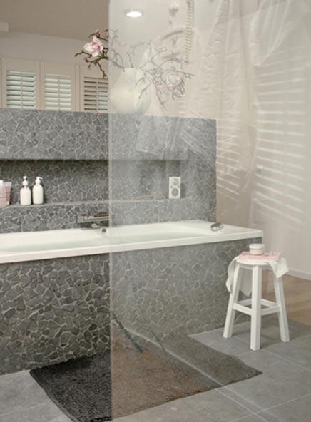 Robuuste badkamer van Praxis  Badkamers voorbeelden
