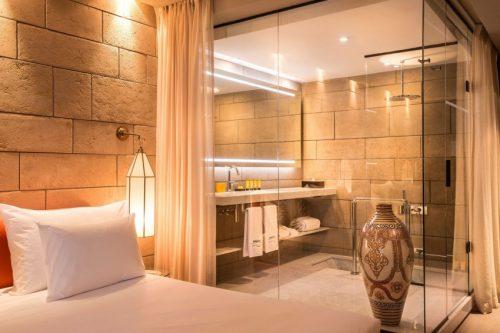 Luxe badkamer van Hotel Sahrai  Badkamers voorbeelden