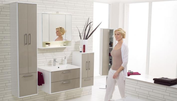 Farbliche Akzente im Badezimmer mit Mosaik  BadmbelBlog