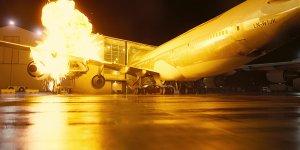 tenet aereo scena