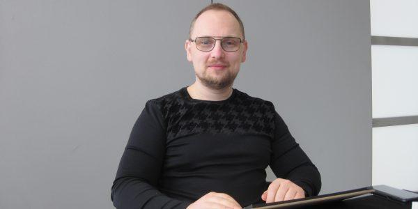 Adi Granov