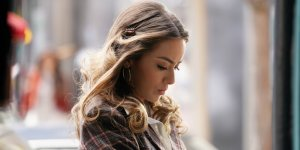 chloe bennet agents-of-shield-season-7-5-a-trout-in-the milk