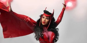 Cardi B ha sorpreso i fan su Instagram con un costume da Scarlet Witch
