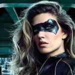 Arrow: Juliana Harkavy è Black Canary in una nuova foto