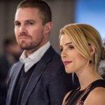 """Arrow, Stephen Amell sull'addio di Emily Bett Rickards: """"La serie non sarebbe arrivato fino qui senza di lei"""""""