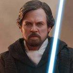Star Wars: Gli Ultimi Jedi, ecco la nuova figure Hot Toys di Luke Skywalker