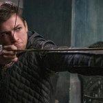 Robin Hood – L'Origine della Leggenda, una nuova clip e una serie di immagini ufficiali del film con Taron Egerton