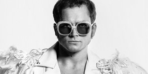 Rocketman: i costumi del film in una nuova featurette italiana