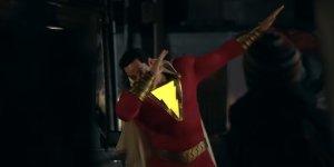 Shazam!: una nuova featurette con scene inedite presenta il supereroe