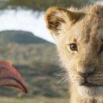 Il Re Leone: Zazu, Simba e Mufasa in una nuova immagine del film