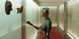 EXCL – Ex Machina, il design del film in una featurette!