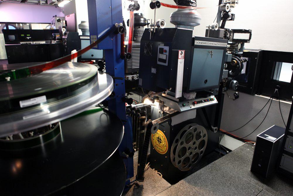 Il proiettore 70mm Cinemeccanica