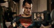 Batman V Superman: l'Uomo d'Acciaio parla alla stampa in una nuova foto