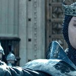 King Arthur: Il Potere della Spada, una valanga di spot del film con Charlie Hunnam e Jude Law