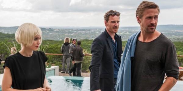 Rooney Mara, Michael Fassbender e Ryan Gosling nella prima foto ufficiale di Song to Song di Terrence Malick