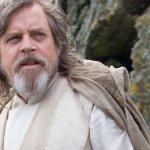 """Star Wars: Gli Ultimi Jedi, le precisazioni di Mark Hamill circa il """"disaccordo"""" con Rian Johnson su Luke Skywalker"""