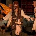 Pirati dei Caraibi, modifiche alle giostre nei parchi: rimossa la scena con la sposa messa all'asta