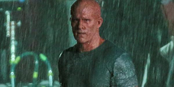 Deadpool 2: Wade Wilson sotto la pioggia nelle nuove foto dal set