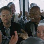 Come ti Ammazzo il Bodyguard: nuove immagini ufficiali dell'action movie con Samuel L. Jackson e Ryan Reynolds