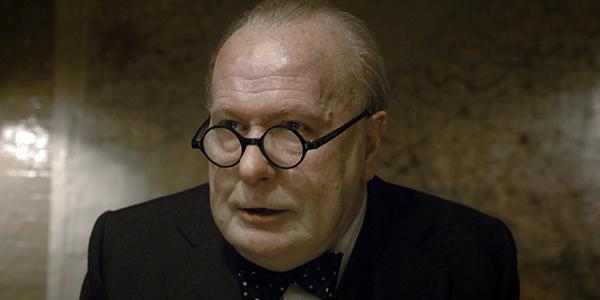 Darkest Hour: Gary Oldman è Winston Churchill nel nuovo poster del biopic