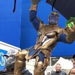 Avengers 4: una torta piena di Gemme dell'Infinito per la fine delle riprese