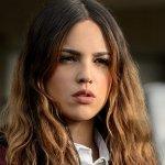 Paradise Hills: Eiza Gonzalez nel cast al fianco di Emma Roberts