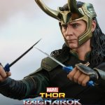 Thor: Ragnarok, ecco la figure di Loki in scala 1/6 targata Hot Toys