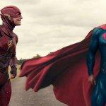 Justice League: Flash e Superman in una nuova immagine dal dietro le quinte