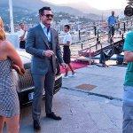 Murder Mystery: nuove foto di Luke Evans, Jennifer Aniston e Adam Sandler sul set in Italia