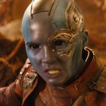 Avengers: Infinity War, Karen Gillan è Nebula in una foto tratta dal backstage del cinecomic