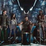 Avengers: Infinity War, i registi spiegano perché la navicella di Thor è diversa da Ragnarok