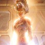 Captain Marvel: alcuni fan di Dragon Ball notano una somiglianza tra l'aspetto della supereroina e i Super Saiyan